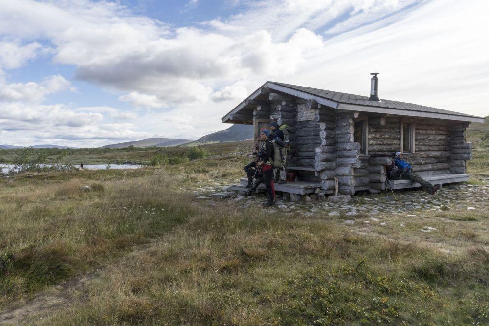 Arrived back at Meekonjärvi hut