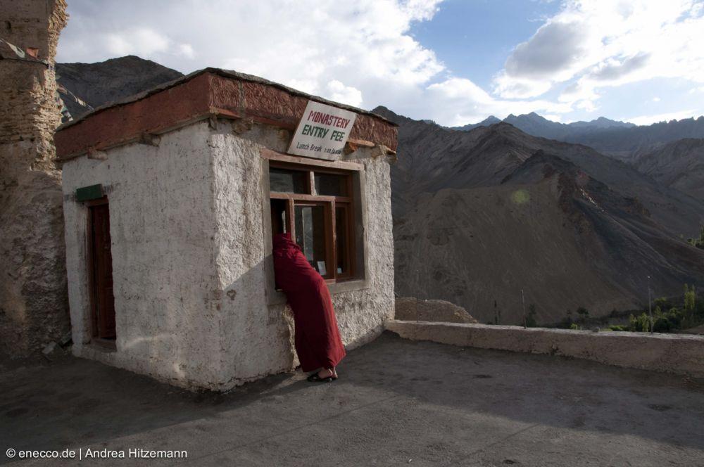 02Eingang Kloster Lamayuru