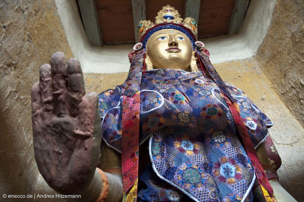 02Tara Statue Skiu